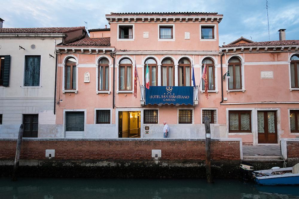 Dosoduro, Venice, Italy.<br /> Photo: Ed Maynard<br /> 07976 239803<br /> www.edmaynard.com