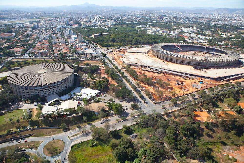Belo Horizonte_MG, Brasil.<br /> <br /> Imagem do Mineirinho em primeiro plano e da reforma do estadio Governador Magalhaes Pinto ao fundo em Belo Horizonte, Minas Gerais.<br /> <br /> Image of Mineirinho in the foreground and the reform of the Governor Magalhaes Pinto stadium in the background in Belo Horizonte, Minas Gerais.<br /> <br /> Foto: RODRIGO LIMA / NITRO