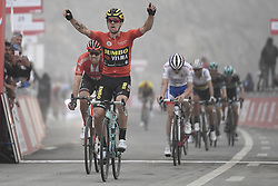 March 1, 2019 - Dubai, Emirati Arabi Uniti - Foto LaPresse - Fabio Ferrari.01 Marzo 2019 Dubai (Emirati Arabi Uniti).Sport Ciclismo.UAE Tour 2019 - Tappa 6 - da Ajman a Jebel Jais - 180 km.Nella foto: ROGLIC Primoz(SLO)TEAM JUMBO - VISMA. Vincitore di tappa...Photo LaPresse - Fabio Ferrari.March 01, 2019 Dubai (United Arab Emirates) .Sport Cycling.UAE Tour 2019 - Stage 6 - From Ajman To Jebel Jais  - 112 miles..In the pic: during the race.ROGLIC Primoz(SLO)TEAM JUMBO - VISMA winner the race. (Credit Image: © Fabio Ferrari/Lapresse via ZUMA Press)