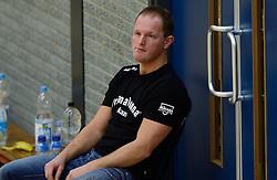 16-11-2013 VOLLEYBAL: KING SOFTWARE VCN - PRIMA DONNA KAAS HUIZEN: CAPELLE AAN DEN IJSSEL<br /> Huizen wint met 3-2 van VCN / Trainer Coach Elroy Bezemer<br /> ©2013-FotoHoogendoorn.nl
