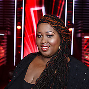 NLD/Hilversum/20131107- The Voice of Holland 1e live uitzending, Shirma Rouse