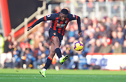 BOURNEMOUTH, ENGLAND - Sunday, November 25, 2018: AFC Bournemouth's Jefferson Lerma during the FA Premier League match between AFC Bournemouth and Arsenal FC at the Vitality Stadium. (Pic by David Rawcliffe/Propaganda)