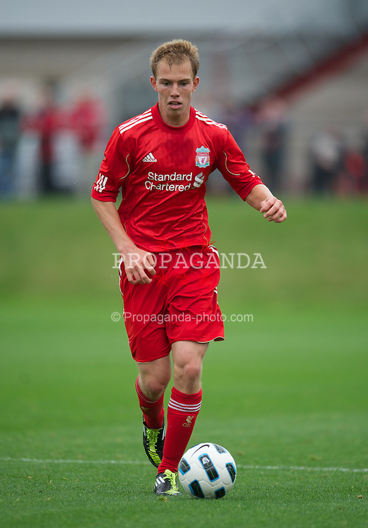 LIVERPOOL, ENGLAND - Friday, October 14, 2011: Liverpool's Tom King in action against Manchester United during the FA Premier League Academy match at the Kirkby Academy. (Pic by David Rawcliffe/Propaganda)