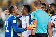 SYDNEY, NSW- NOVEMBER 15: Honduras team unhappy with the call at the Soccer World Cup Qualifier between Australia and Honduras on November 10, 2017. (Photo by Steven Markham/Icon Sportswire)