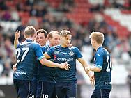 FODBOLD: FC Helsingørs spillere jubler efter scoringen til 0-1 under kampen i NordicBet Ligaen mellem Vejle Boldklub og FC Helsingør den 21. maj 2017 på Vejle Stadion. Foto: Claus Birch