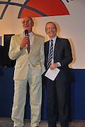 DESCRIZIONE : Monza Vila Reale Italia Basket Hall of Fame<br /> GIOCATORE : Taurisano Dan Peterson<br /> SQUADRA : FIP Federazione Italiana Pallacanestro <br /> EVENTO : Italia Basket Hall of Fame<br /> GARA : <br /> DATA : 29/06/2010<br /> CATEGORIA : Premiazione<br /> SPORT : Pallacanestro <br /> AUTORE : Agenzia Ciamillo-Castoria/M.Gregolin