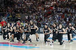 02.09.2014, City Arena, Bilbao, ESP, FIBA WM, USA vs Neuseeland, im Bild New Zealand's players make the 'Haka', mahori tribal war dance // during FIBA Basketball World Cup Spain 2014 match between USA and New Zealand at the City Arena in Bilbao, Spain on 2014/09/02. EXPA Pictures © 2014, PhotoCredit: EXPA/ Alterphotos/ Acero<br /> <br /> *****ATTENTION - OUT of ESP, SUI*****