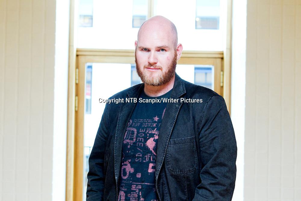 Oslo  20100824.<br /> Forfatter Jan Roar Leikvoll  under presentasjonen av Det Norske Samlagets h&macr;stliste 2010.<br /> Foto: Berit Roald / Scanpix<br /> <br /> NTB Scanpix/Writer Pictures<br /> <br /> WORLD RIGHTS, DIRECT SALES ONLY, NO AGENCY