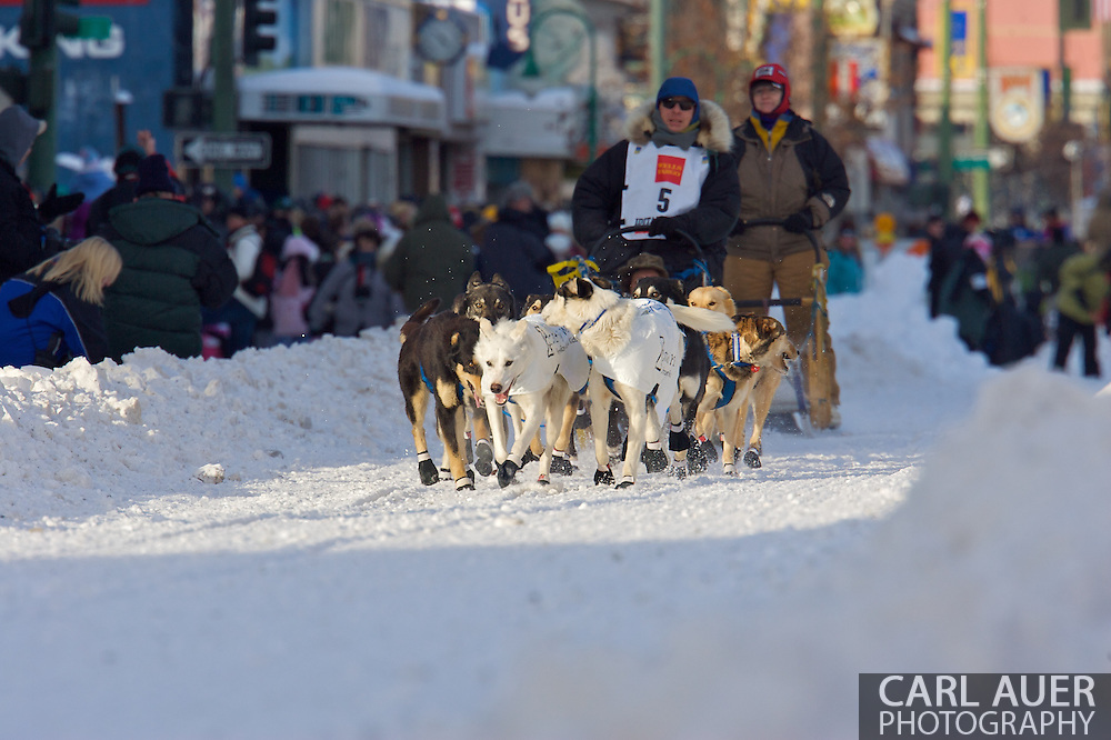 March 7th, 2009:  Anchorage, Alaska - Rick Larson of Sand Coulee, Montana along 4th Avenue at the start of the 2009 Iditarod.