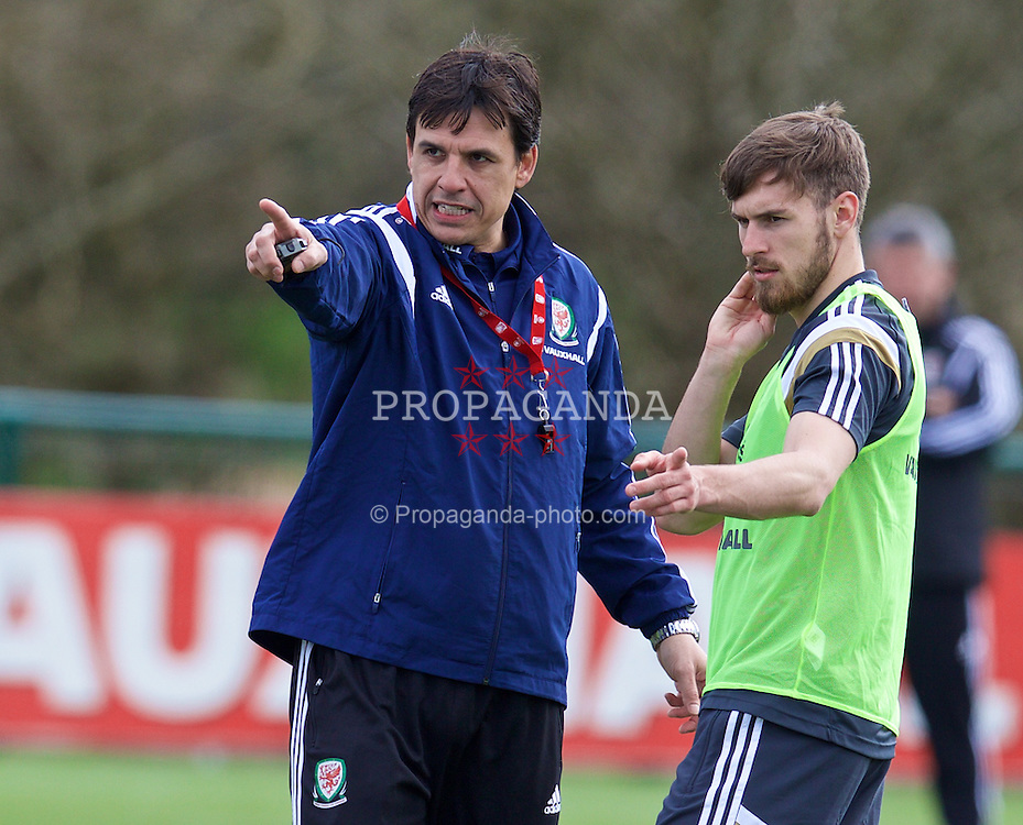 CARDIFF, WALES - Wednesday, March 25, 2015: Wales' manager Chris Coleman and Aaron Ramsey during a training session at the Vale of Glamorgan ahead of the UEFA Euro 2016 qualifying Group B match against Israel. (Pic by David Rawcliffe/Propaganda)