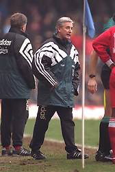 COVENTRY, ENGLAND - Saturday, April 6, 1996: Liverpool's manager Roy Evans during the Premiership match against Coventry City at Highfield Road. Coventry won 1-0. (Pic by David Rawcliffe/Propaganda)