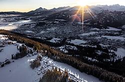 THEMENBILD - Sonnenaufgang über Zakopane und dem Tatra Gebirge, aufgenommen am 18. Januar 2019 in Zakopane, Polen // Sunrise over Zakopane and the Tatra Mountains, Zakopane, Poland on 2019/01/18. EXPA Pictures © 2019, PhotoCredit: EXPA/ JFK