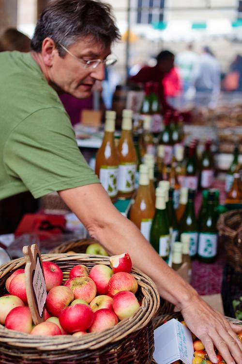 Stroud Farmers Market, Stroud, Gloucestershire, UK.