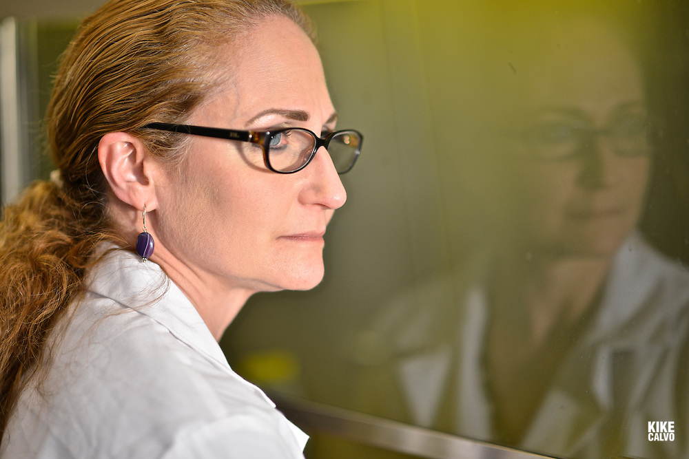 Dr. Jo Handlesman is seen at Yale University on November 4, 2013. (Kike Calvo/AP Images for HHMI)