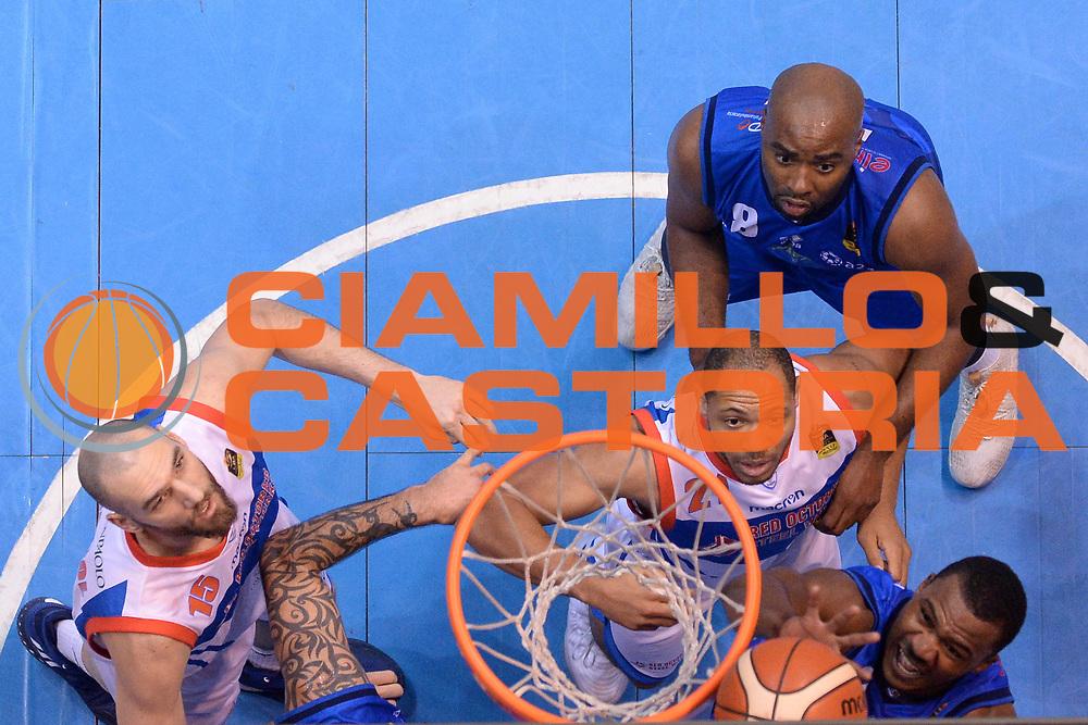 Lee Moore<br /> Red October Cantu - Germani Leonessa Basket Brescia<br /> LegaBasket Serie A 2017/2018<br /> Desio, 04/12/2017<br /> Foto M.Ceretti / Ciamillo - Castoria