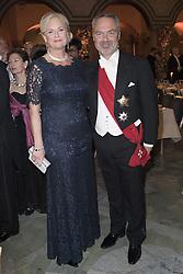 Jan Bjˆrklund, Anette Brifalk Bjˆrklund <br /> <br />  <br /> <br />  beim Nobelbankett 2016 im Rathaus in Stockholm / 101216 <br /> <br /> <br /> <br /> ***The Nobel banquet, Stockholm City Hall, December 10th, 2016***