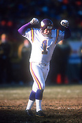 Minnesota Vikings kicker Gary Anderson (1) celebrates after kicking a 42-yard field goal in the third quarter against the Green Bay Packers during an NFL football game, Sunday, Dec. 30, 2001, in Green Bay, Wisc. The Packers defeated the Vikings 24-13.