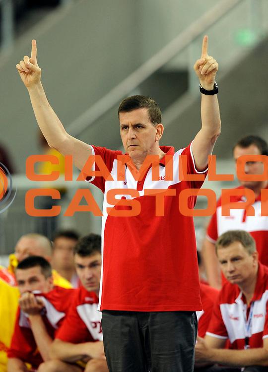 DESCRIZIONE : Lodz Poland Polonia Eurobasket Men 2009 Qualifying Round Polonia Poland Slovenia<br /> GIOCATORE : Muli Katzurin<br /> SQUADRA : Polonia Poland<br /> EVENTO : Eurobasket Men 2009<br /> GARA : Polonia Poland Slovenia<br /> DATA : 14/09/2009 <br /> CATEGORIA :<br /> SPORT : Pallacanestro <br /> AUTORE : Agenzia Ciamillo-Castoria/N.Parausic<br /> Galleria : Eurobasket Men 2009 <br /> Fotonotizia : Lodz Poland Polonia Eurobasket Men 2009 Qualifying Round Polonia Poland Slovenia<br /> Predefinita :
