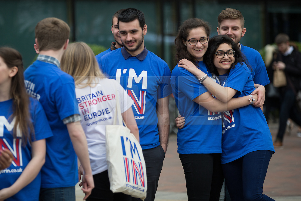 """© Licensed to London News Pictures . 15/04/2016 . Manchester , UK . Students and pro-EU activists . Lucy Powell MP visits Manchester Metropolitan University Business School to campaign for the """" Britain Stronger in Europe """" campaign . Photo credit: Joel Goodman/LNP"""