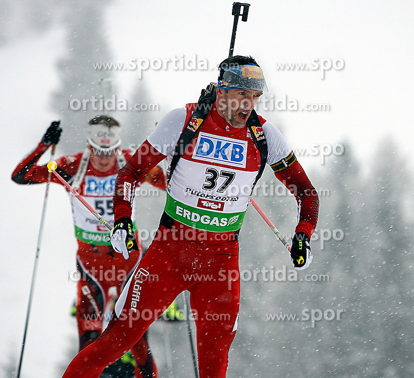 15.12.2011, Biathlonzentrum, Hochfilzen, AUT, E.ON IBU Weltcup, 3. Biathlon, Hochfilzen, Sprint Maenner, im Bild Christoph Sumann (AUT) // during Sprint men E.ON IBU World Cup 3th Biathlon, Hochfilzen, Austria on 2011/12/15. EXPA Pictures © 2011, PhotoCredit: EXPA/ Oskar Hoeher
