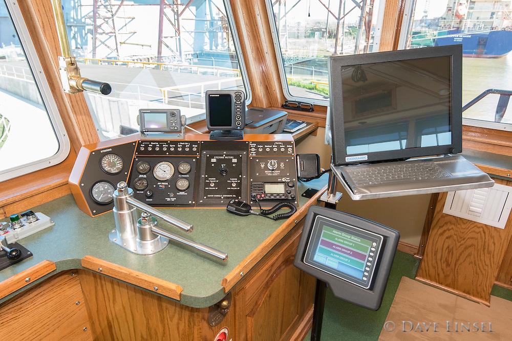 Higman tow boat San Saba, February 27, 2014.