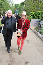 CERYS MATTHEWS and ? at the 2012 RHS Chelsea Flower Show held at Royal Hospital Chelsea, London on 21st May 2012.