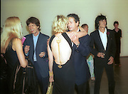 Jerry Hall, Mick Jagger, Trudie Styler and Ronnie Wood. 30th Aniversary Gala Dinner, Serpentine Gallery.20 June 2000<br /> © Copyright Photograph by Dafydd Jones 66 Stockwell Park Rd. London SW9 0DA Tel 020 7733 0108 www.dafjones.com