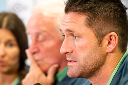 09.09.2013, Ernst Happel Stadion, Wien, AUT, FIFA WM Qualifikation, Oesterreich vs Irland, Pressekonferenz Irland, im Bild Giovanni Trapattoni (Trainer Irland) und Robbie Keane// during an Irish Press Conference for the FIFA World Cup Qualifier Match between Austria (AUT) and Irland (IRL) at the Ernst Happel Stadion, Vienna, Austria on 2013/09/09. EXPA Pictures © 2013, PhotoCredit: EXPA/ Sebastian Pucher