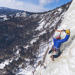 Jeff Mercier gearing up at the base of Indiana Thivierge, WI6. The third repeat in 25 years, Les Palisades Charlevoix in Quebec, Canada