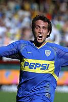 Fotball Argentina<br />26/10/03 BOCA JUNIORS (2 ) Vs. ESTUDIANTES (0 ). Football - Argentina. Eleventh match of the Torneo Apertura 2003. <br />MATIAS DONNET is celebrating a goal.<br />Foto: Digitalsport