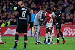 Quincy Promes #11 of Ajax and Calvin Stengs #7 of AZ Alkmaar during the Dutch Eredivisie match round 25 between Ajax Amsterdam and AZ Alkmaar at the Johan Cruijff Arena on March 01, 2020 in Amsterdam, Netherlands