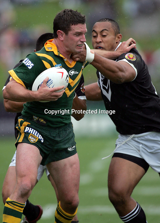 Danny Buderus during the Rugby League Test Match between the New Zealand Kiwis and the Australian Kangaroos at North Harbour Stadium, Auckland, New Zealand on Saturday 16 October, 2004. The match ended in a 16-16 draw.<br />PHOTO: Hannah Johnston/PHOTOSPORT