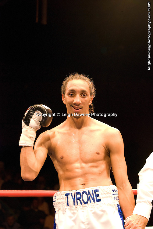 Tyrone Nurse defeats Daniel Thorpe at the Brentwood Centre UK on 11th September 2009 Promoter Frank Maloney. Credit: ©Leigh Dawney Photography