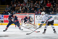 KELOWNA, CANADA - MARCH 25: Dallas Valentine #6 tries to block a shot on Connor Ingram #39 of Kamloops Blazers on March 25, 2016 at Prospera Place in Kelowna, British Columbia, Canada.  (Photo by Marissa Baecker/Shoot the Breeze)  *** Local Caption *** Dallas Valentine; Connor Ingram;
