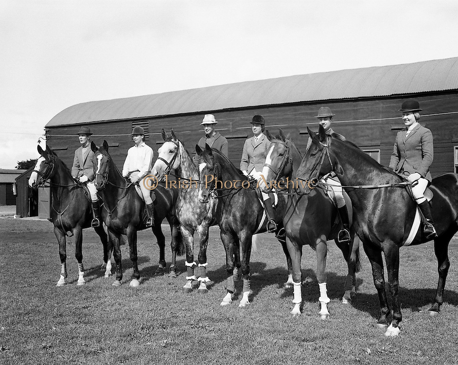 The Irish Olympic Equestrian Team which would compete in Mexico. (L to R) Mr John Fowler, 'March Hair'; Miss Juliet Jobling-Purser, 'Jenny'; Mr Alan Lillington, 'Biddlecome'; Mrs Diana Wilson, 'Chianto Rosso'; The Hon. Patrick Connolly Carew, 'Ping Pong'; Miss Penny Moreton, 'Loughlin'..31.08.1968