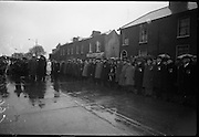 15/04/1966<br /> 04/15/1966<br /> 15 April 1966<br /> Unveiling of Plaque at Boland's Mills. President Eamon de Valera unveils a plaque to commemorate the 1916 Rising at Bolands Mills, where he was Commandant during the insurrection. Image shows the President reviewing veterans of the Rising.