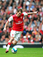 Photo: Tom Dulat.<br /> Arsenal v Bolton Wanderers. The FA Barclays Premiership. 20/10/2007.<br /> Alexander Hleb of Arsenal with the ball.