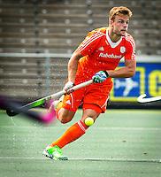 AMSTELVEEN - Neth. -  Mink van der Weerden  tijdens de interland wedstrijd tussen de mannen van Nederland en Frankrijk (8-1), ter voorbereiding van het EK . COPYRIGHT KOEN SUYK