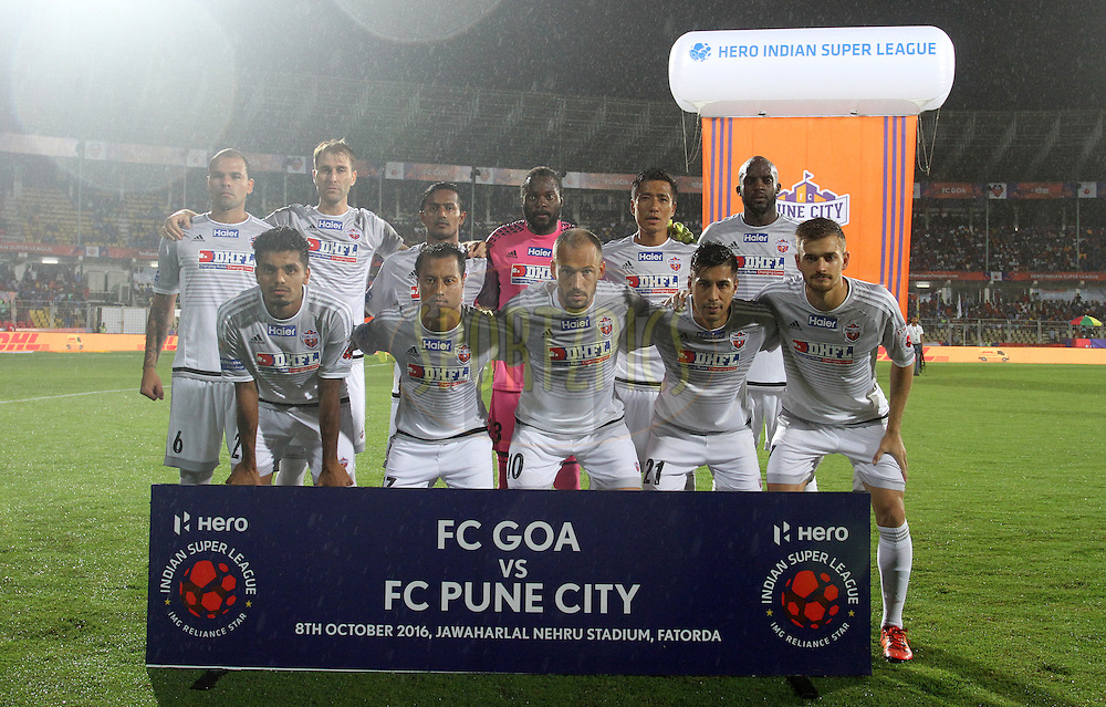 FC Pune City team picture during match 8 of the Indian Super League (ISL) season 3 between FC Goa and FC Pune City held at the Fatorda Stadium in Goa, India on the 8th October 2016.<br /> <br /> Photo by Vipin Pawar / ISL/ SPORTZPICS