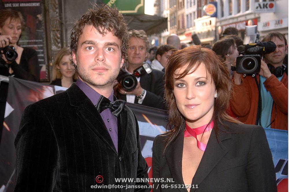NLD/Amsterdam/20060426 - Premiere Mission Impossible 3, Evelien de Graaf en partner