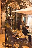 Portugal. Lisbon. Bario Alto area  / Quartier de Bario Alto . Lisbonne