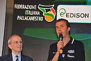 DESCRIZIONE : Monza Vila Reale Italia Basket Hall of Fame<br /> GIOCATORE : Dan Pertson Simone Pianigiani<br /> SQUADRA : <br /> FIP Federazione Italiana Pallacanestro <br /> EVENTO : Italia Basket Hall of Fame<br /> GARA : <br /> DATA : 29/06/2010<br /> CATEGORIA : Premiazione<br /> SPORT : Pallacanestro <br /> AUTORE : Agenzia Ciamillo-Castoria/M.Gregolin