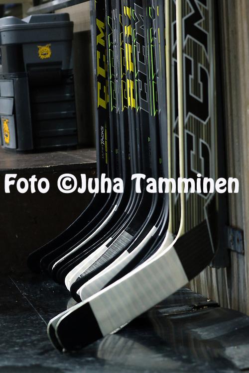 18.12.2015, Hakamets&auml;n halli, Tampere.<br /> J&auml;&auml;kiekon SM-liiga 2015-16. Ilves - HIFK.