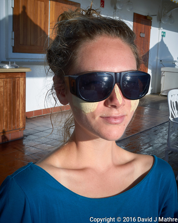 Chloé Behind Dark Sunglasses. Image taken with a Leica T camera and 23 mm f/2 lens