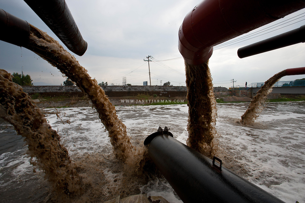 Pumping stations propel untreated human waste into the Rio de La Compañia, one of Mexico City's largest sewage canals. Residents living next to the canal continue to suffer from frequent floods of toxic waters that provoke wide scale epidemiological alerts in many parts of the Mexico City Metropolitan Zone.