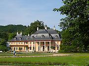 Schloss und Schlosspark Pillnitz, Bergpalais, Dresden, Sachsen, Deutschland.|.Pillnitz Castle and Gardens, mountain palais, Dresden, Germany