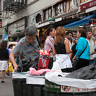 New York Canal street, Chinatown.  / canal street chinatown