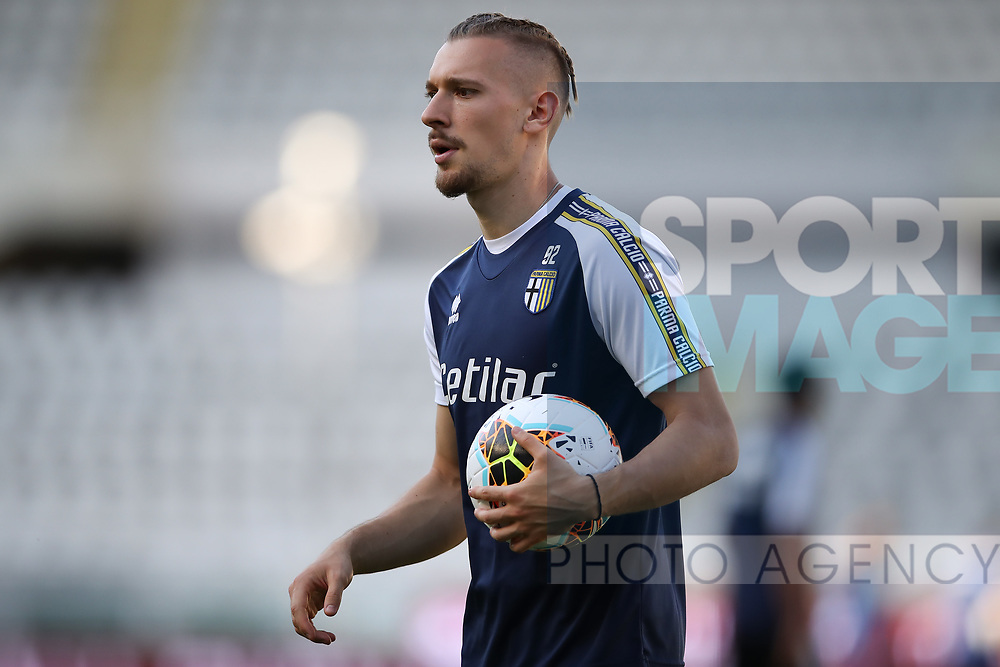 Parma Calcio's Romanian goalkeeper Ionut Radu during the Serie A match at Stadio Grande Torino, Turin. Picture date: 20th June 2020. Picture credit should read: Jonathan Moscrop/Sportimage