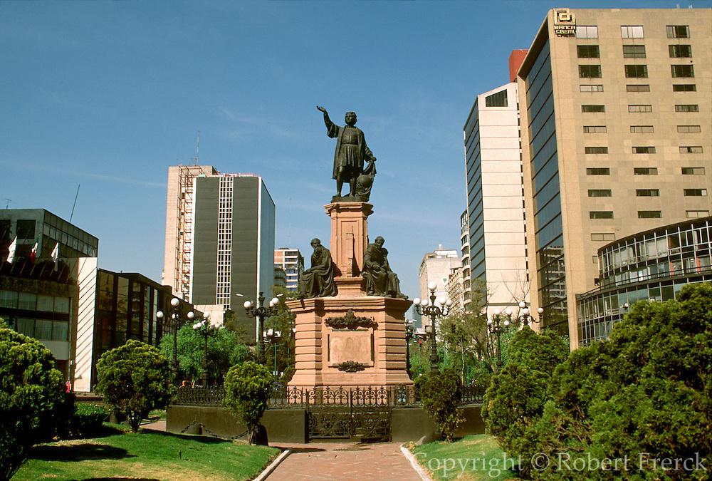 MEXICO, MEXICO CITY, CITYSCAPE Columbus or Colon Monument 19th C on Paseo de la Reforma