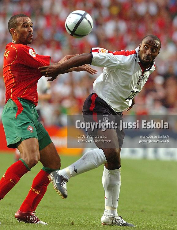 Darius Vassell, Costinha 24.6.2004, England-Portugal.&amp;#xA;Euro 2004.&amp;#xA;Photo: Jussi Eskola<br />